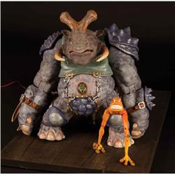 Hero rod-actuated Punch-It with cohort Scratch-It puppet from Small Soldiers