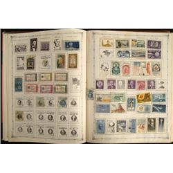 1000 + Stamps US, World Collection in Album 1800s-