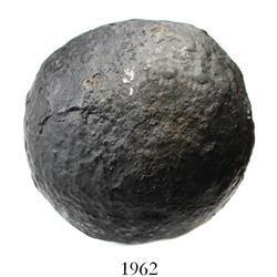 Intact iron cannonball (10-pounder), professionally conserved.