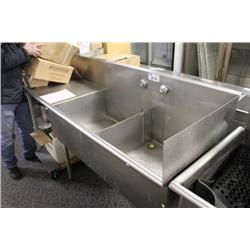 LARGE STAINLESS STEEL DOUBLE SINK