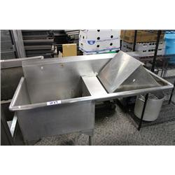 LARGE STAINLESS STEEL SINK W/RUNOFF