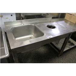 STAINLESS STEEL COUNTER W/SINK