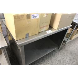 4FT STAINLESS STEEL COUNTER