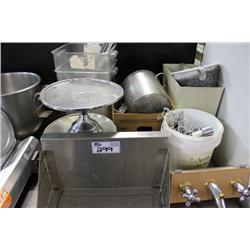 MISC STAINLESS STEEL KITCHEN ITEMS