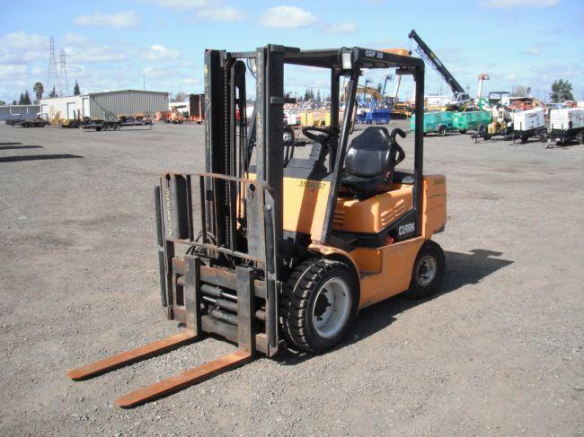 1999 Clark CGP30 Forklift