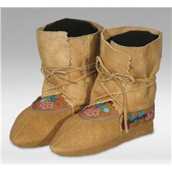 Cree Pucker Toe Moccasins, Early 20th century