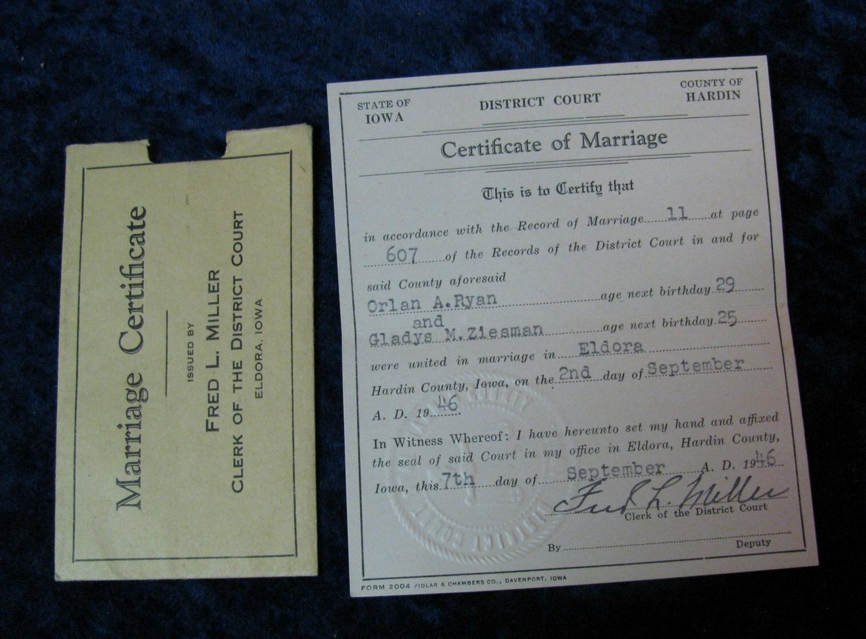382  1946 Hardin County, Iowa Wedding Certificate  Original