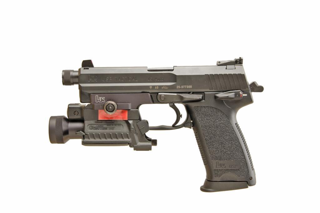 H&K Mdl USP Tactical Cal  45acp SN:25-077300, Excellent