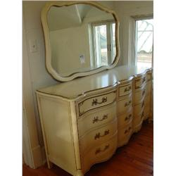 BASSETT FURNITURE INDUSTRIES INC. BLONDE WOOD ANTIQUE BEDROOM SUIT WITH GOLD TRIM INCLUDES 2 NIGHTST