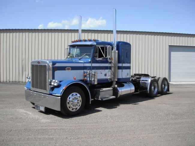 1986 Peterbilt 359 T A Truck Tractor