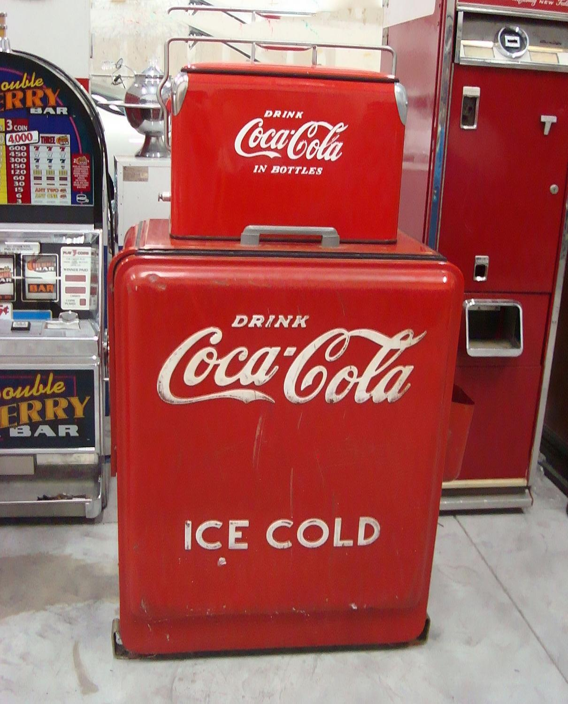 1930's-40's Westinghouse Junior Coca-Cola Coke Machine