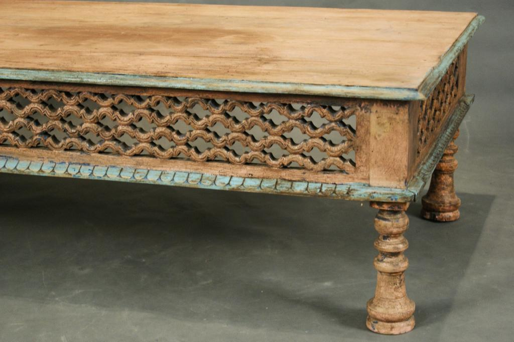 Wondrous Mexican Carved Coffee Table With Rustic Paint Bralicious Painted Fabric Chair Ideas Braliciousco