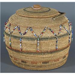 Beaded Basket with Knob Lid