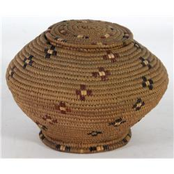 Salish Lidded Basket with Footed Bottom