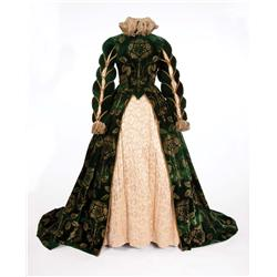 Florence Eldridge green velvet gown and shoes by Walter Plunkett form Mary of Scotland