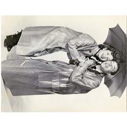 Singin' in the Rain original oversize portrait still of Debbie Reynolds and Gene Kelly