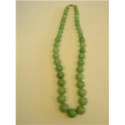 Natural jadeite beaded necklace