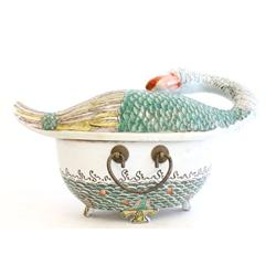 Chinese handpainted porcelain covered tureen