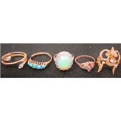 Lot of 5 rings