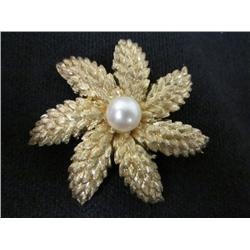 "Tiffany 18kt yellow gold & pearl ""Leaf"" pin"
