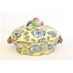19th c.  porcelain covered tureen
