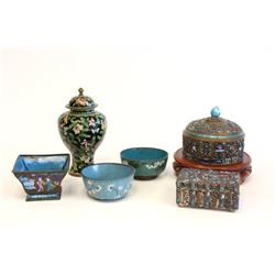 6 enameled Chinese pieces